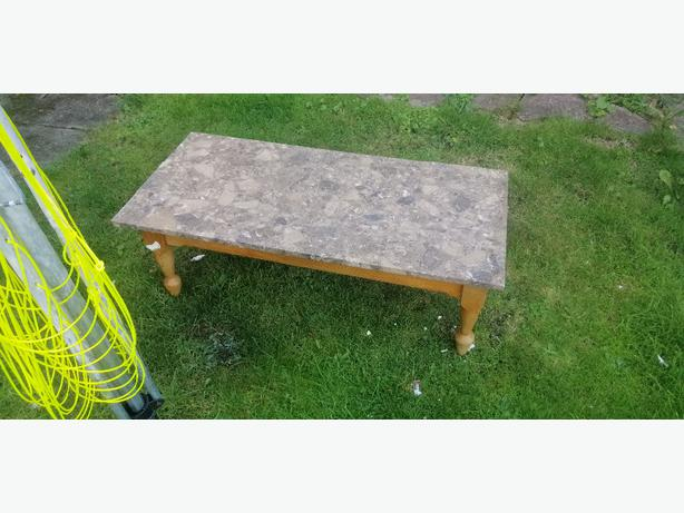 marble coffee table - free free free -
