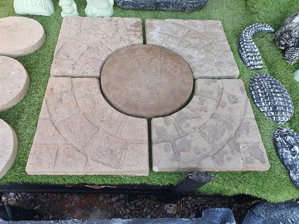 3ft Square cobble planters