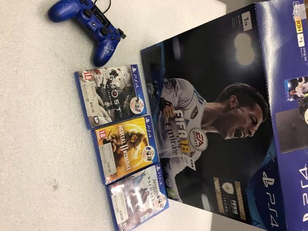 PlayStation 4 Slim Bundle Controller Games Mortal Kombat 11 Ghost Boxed