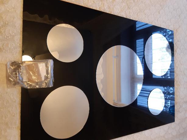 mirror with fixtures