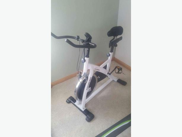 Ironman x1 racing exercise bike