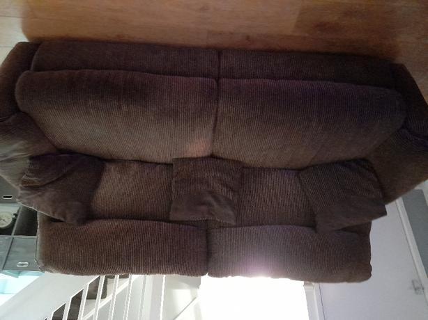Lazyboy 2&3 seater sofa
