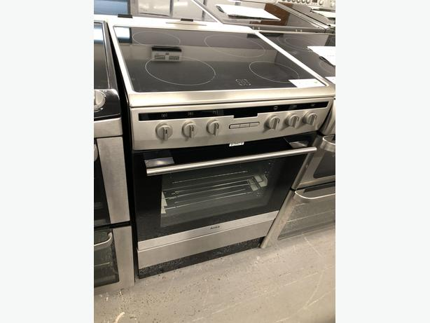PLANET APPLIANCE- GRADED AMICA 60CM ELECTRIC COOKER- WITH 6 MONTHS GUARANTEE