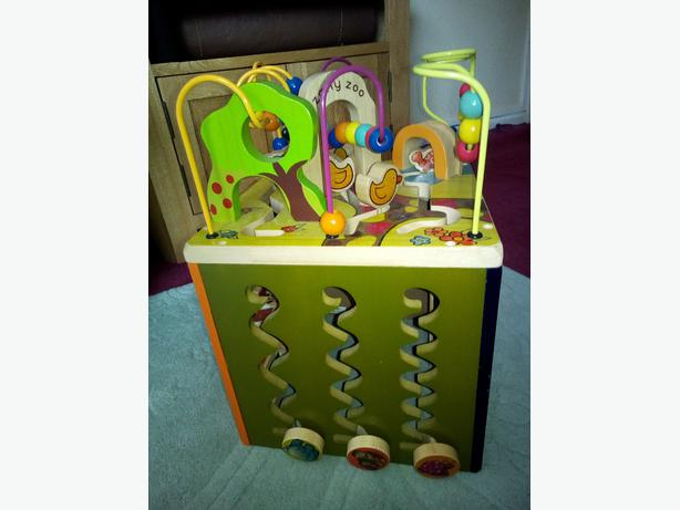 zany zoo childs entertainment center