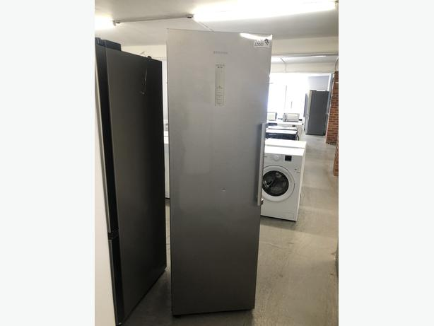 PLANET APPLIANCE- GRADED SAMSUNG TALL FREEZER - WITH 6 MONTHS GUARANTEE