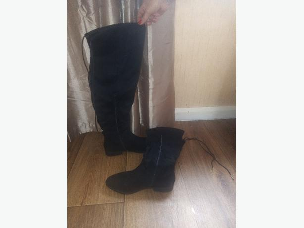 Size 8 knee high boots