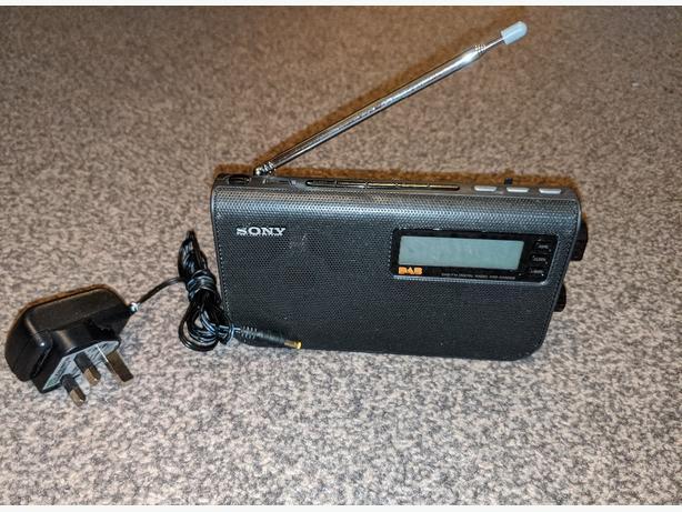 Sony dab FM radio xdr-s55dab
