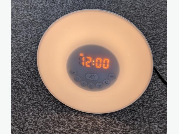 round wake up light alarm clock with FM radio