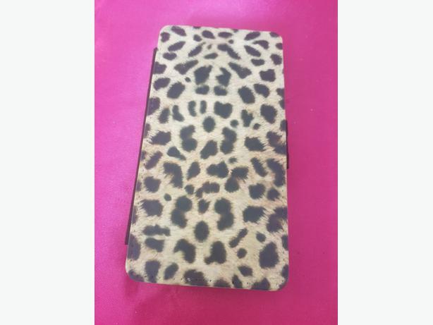 NEW: Leopard print mobile case.