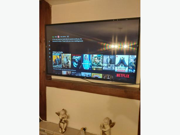 smart 50 inch jvc full hd led tv+built in apps+wifi+remote+DELIVERY