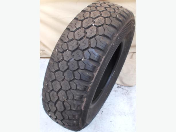 1x 245/75R17 - 112H Dunlop Road Gripper SP Tyre