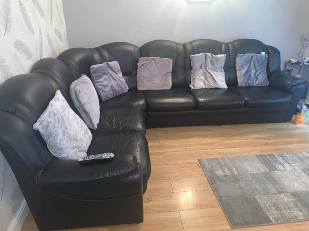 6 Seat Corner Sofa/Sete