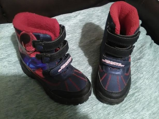 Child's footwear