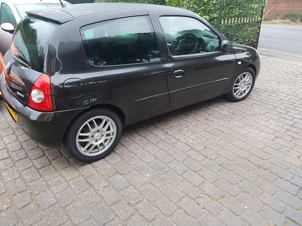 Renault Clio Diesel.........................................