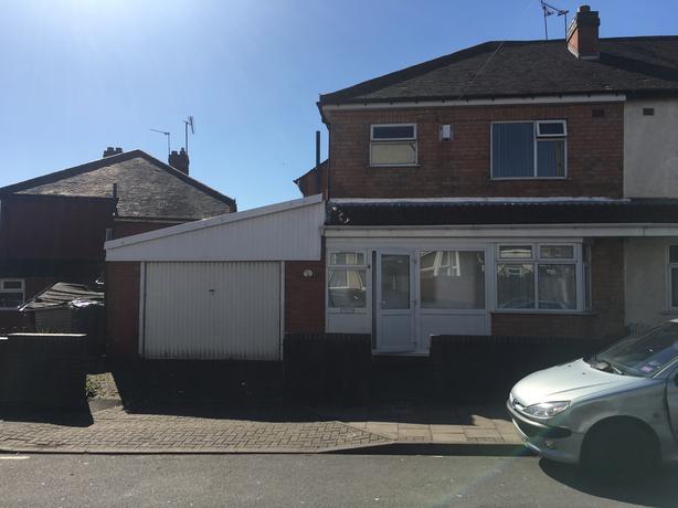 *B.C.H* 3 Bed House- Arden Road, Aston- Close to Birmingham City Centre