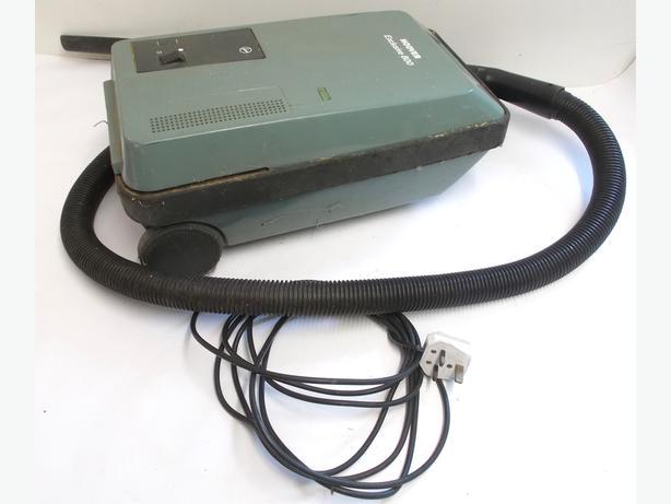 Vintage HOOVER Vacuum Cleaner S3458