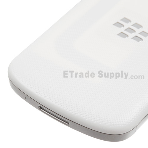 https://www.etradesupply.com/media/catalog/product/cache/1/image/ee8c832602ce0f803e0c002f912644c4/o/e/oem_blackberry_q10_housing_-_white_8__1.jpg