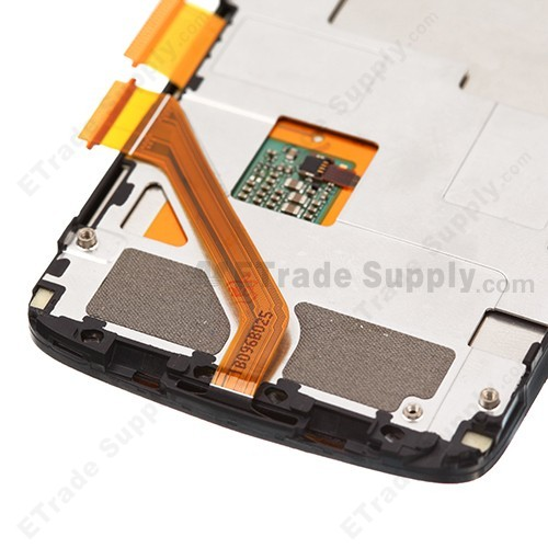 https://www.etradesupply.com/media/catalog/product/cache/1/image/ee8c832602ce0f803e0c002f912644c4/o/e/oem_htc_desire_s_lcd_screen_and_digitizer_assembly_with_front_housing_and_light_guide_-_wide_flex_cable_7_.jpg