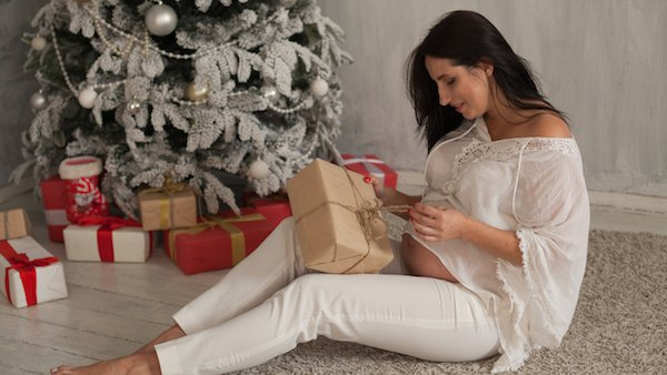 Holiday gift ideas for pregnant women – and some presents to avoid