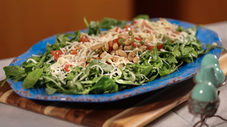 White Bean and Tomato Bruschetta Salad