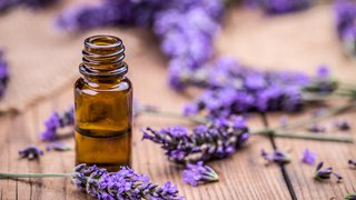 Essential oils: A pain management alternative for labor and delivery