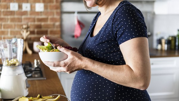 How women can manage gestational diabetes with a healthy diet