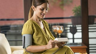 Postpartum hypertension: When a new mom's blood pressure is too high