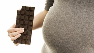 Is dark chocolate healthy for mom and baby during pregnancy?