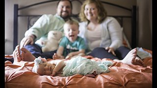 Finding support after losing a baby: Lindsey's story