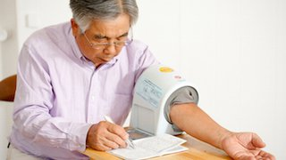 5 tips for taking your blood pressure at home