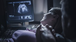 Pregnancy without ultrasound? Pros and cons