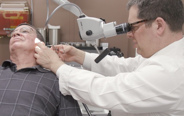 Invisible acoustic neuroma surgery removes tumors with no visible scarring