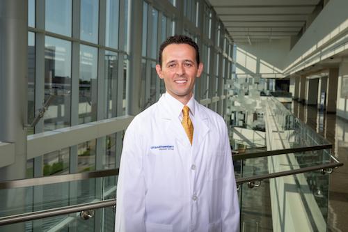 Dr. Juan Cabrera