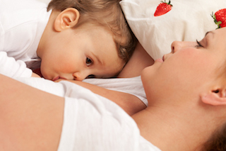blog-breastfeeding-during-pregnancy