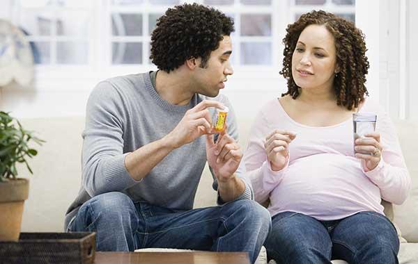 iron-supplements-pregnancy-600