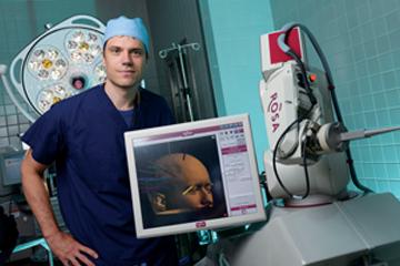 Meet ROSA, a new precision tool for seizure treatment