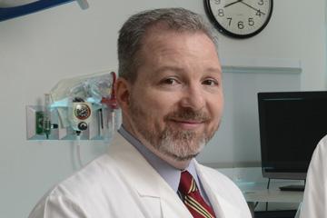 Dr. Michael Folkert