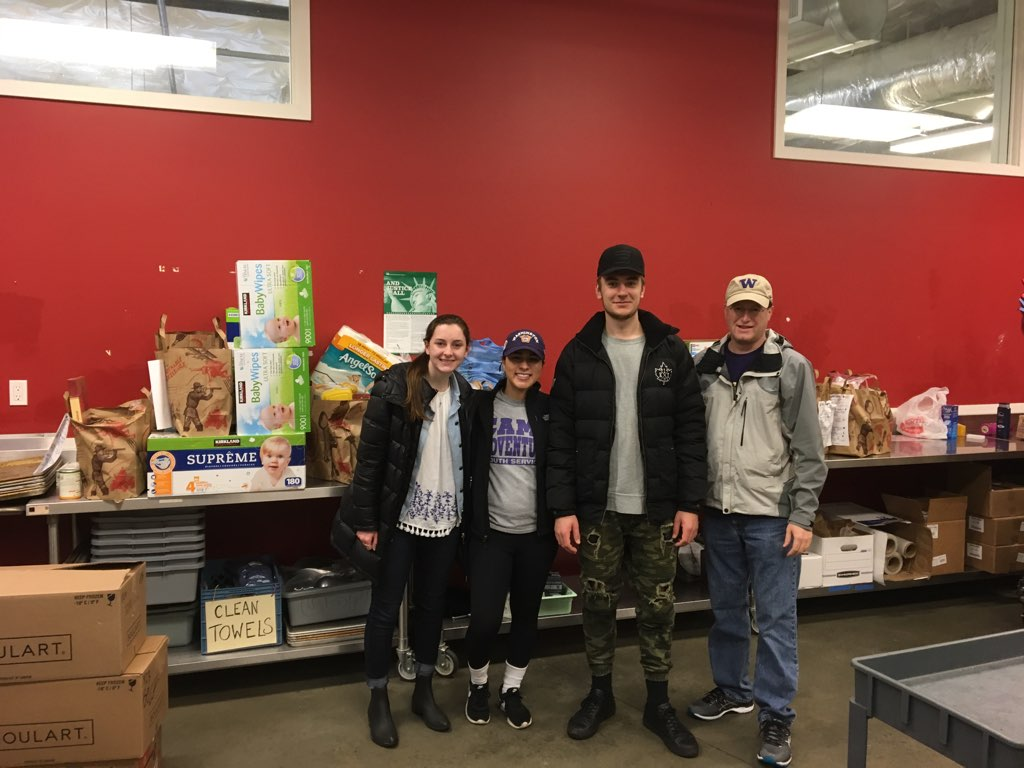 Feb2018_FoodDrive_IMG_7563