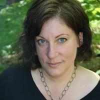 Photograph of Lisa Thomas