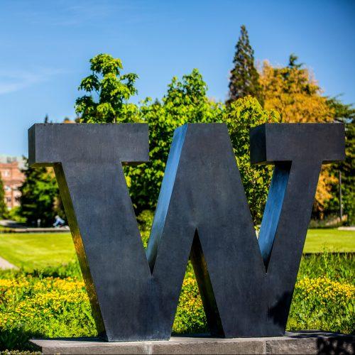 UW W sign