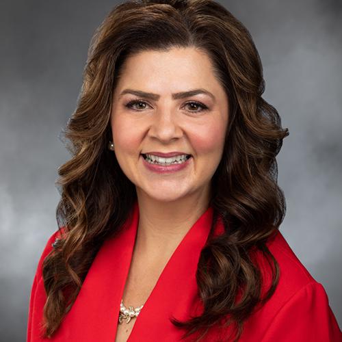 Representative Kelly Chambers (R),