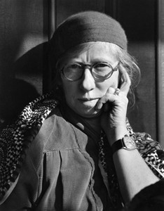 The black and white photo of Imogen Cunningham