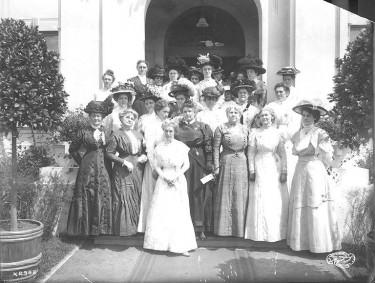 Ancient Order of United Workmen members, Alaska-Yukon-Pacific Exposition, Seattle, Washington, 1909 - Frank H. Nowell, 1864-195