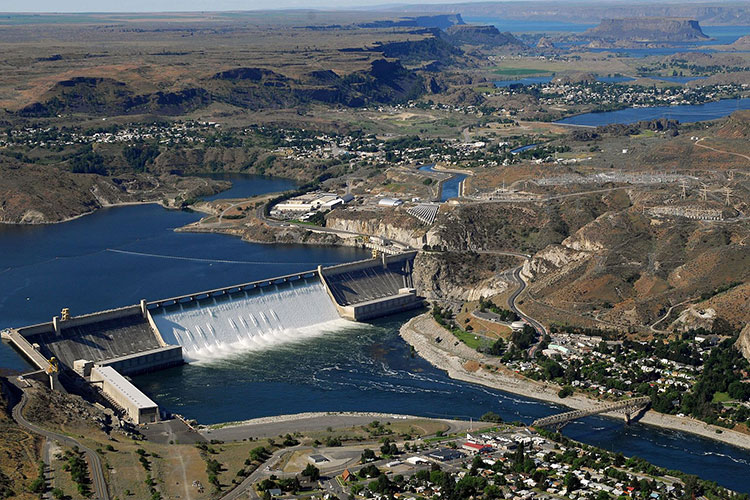 web-Grand_Coulee_Dam_aerial