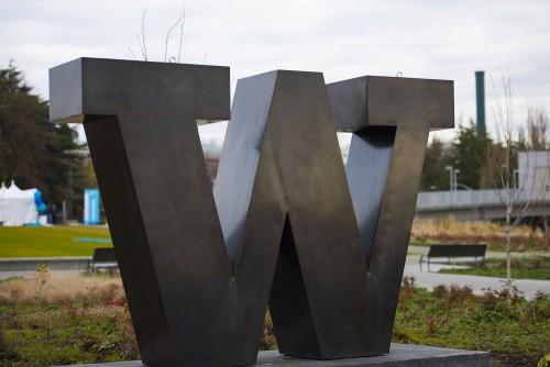 "bronze ""W"""
