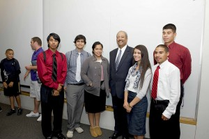 Congressman Chaka Fattah Meets With GEAR UP Students