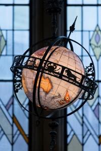 suzzallo_globe