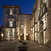 The UW Leon Center at Palacio Conde Luna
