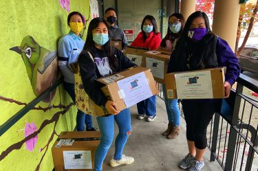 UW student volunteers collect, donate devices for equitable online health care