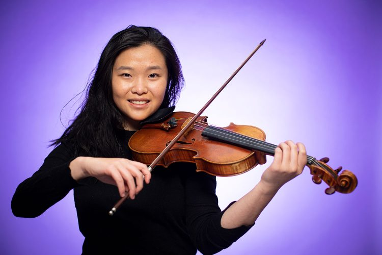 Renee Zhang playing violin